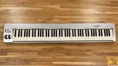 Миди клавиатура M Audio Keystation 88es 88-key MIDI USB Controller