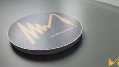 Стикери с логото на музикалник