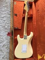 Китара Fender Stratocaster signature Yngwie Malmsteen