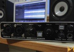 Roland UA-55 (Quad Capture) USB звукова карта/интерфейс