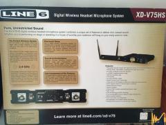 Продавам нов Wireless Headset Microphone-LINE 6 XD-V75HS